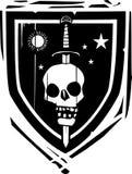 纹章学盾剑和头骨 免版税库存图片
