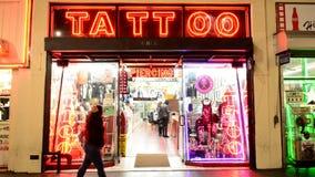 纹身花刺商店在好莱坞
