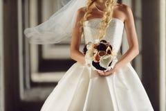 纺织品婚礼花束 免版税库存照片