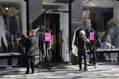 纺织品的50%销售在哥本哈根丹麦 库存图片