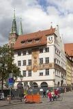 纽伦堡,德国- 2015年9月04日:议院照片有作壁画于的Waaggasse的, 2 免版税图库摄影