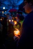 纽敦射击受害者的守夜。 免版税库存照片