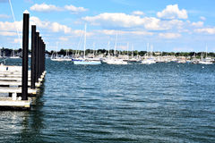 纽波特港口看法  免版税库存图片