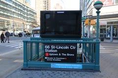 纽约地铁入口黑色广告时间 免版税库存照片