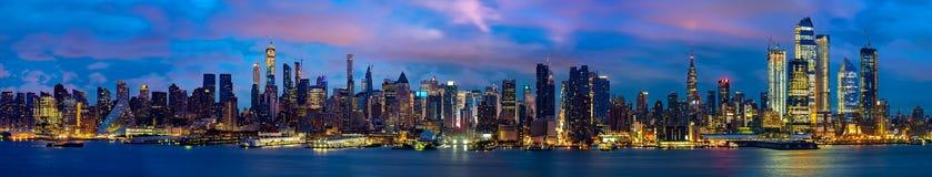 纽约夜全景和都市风景  图库摄影