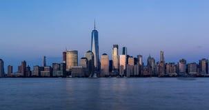 纽约财政区摩天大楼 Timelapse从日落到微明 降低曼哈顿 影视素材