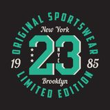纽约,布鲁克林- T恤杉的,体育服装图形设计 衣裳的印刷术 原始的运动服,有限版印刷品 库存例证