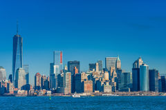 纽约,纽约- 2013年12月28日:与纽约的都市风景 中心一商业世界 免版税库存照片