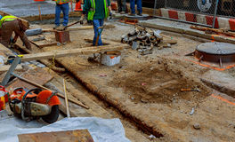 纽约,美国- 04日2017年:道路工程在曼哈顿,纽约修路 免版税库存图片