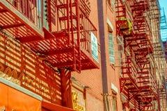 纽约,美国- 2017年5月05日:曼哈顿纽约和明确地Litle意大利地区街道在纽约美国 库存照片