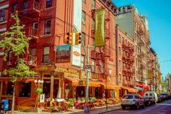 纽约,美国- 2017年5月05日:曼哈顿纽约和明确地Litle意大利地区街道在纽约美国 免版税库存图片