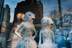 纽约,美国- 2011年12月11日- xmas的美好的商店显示 免版税图库摄影