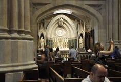 纽约, 7月1日:圣帕特里克从曼哈顿中城的大教堂内部在纽约在美国 库存照片