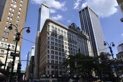 纽约, 7月2日:百老汇的拉迪森马提尼克岛旅馆在从纽约的曼哈顿在美国 库存照片