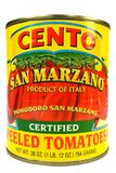 纽约, NY,美国2014年12月2日一个罐头的特写镜头圣马尔扎诺蕃茄 免版税图库摄影