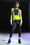纽约, NY - 9月03日:在Athleta跑道展示期间,模型走跑道 库存照片