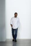 纽约, NY - 9月11日:时装设计师弗朗西斯科肋前缘出现在跑道于卡文・克莱汇集时装表演 免版税库存照片