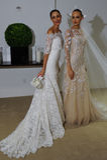 纽约, NY - 10月13日:模型做不拘形式塑造在卡罗来纳州赫雷拉新娘介绍 库存照片