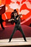 纽约, NY - 11月13日:舞蹈家执行在2013年维多利亚的秘密时装表演 免版税库存图片
