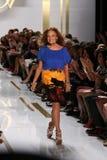 纽约, NY - 9月08日:Designer戴安娜冯Furstenberg步行跑道 库存照片