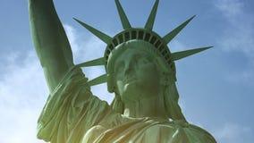 纽约:自由女神像,与云彩和作用,超hd 4k 股票录像