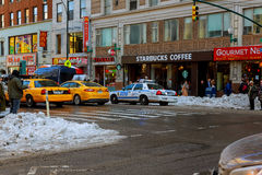 纽约-在大道,纽约,曼哈顿的2017 3月16日,大雪, 免版税库存图片