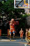 纽约-在西部第4个街道法院的街道篮球 图库摄影