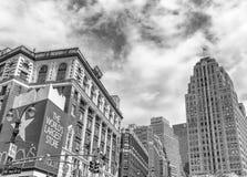 纽约- 2013年6月14日:Macys大厦在中间地区 这i 库存图片