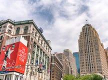 纽约- 2013年6月14日:Macys大厦在中间地区 这i 免版税库存照片