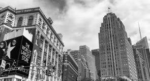 纽约- 2013年6月14日:Macys大厦在中间地区 这i 图库摄影