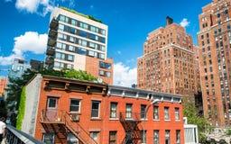 纽约- 2013年6月15日:在NYC的生产线上限公园 高L 免版税库存照片