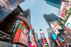 纽约- 2013年12月22日:12月22日的时代广场在美国 库存图片