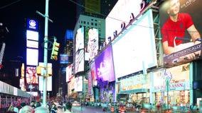 纽约- 9月16 :作为美国的标志的时代广场百老汇著名地方 2014年9月16日在曼哈顿,新 股票视频
