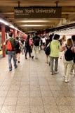 纽约- 9月01 :2013年9月01日的地铁无盖货车 图库摄影