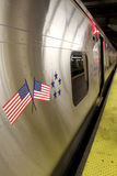 纽约- 9月01 :2013年9月01日的地铁无盖货车 库存照片