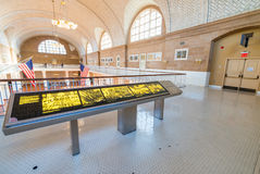 纽约- 10月21 :移民博物馆内部看法  免版税库存图片