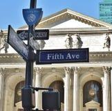 纽约Schwarzman公立图书馆第五大道NYC古迹吸引力布耐恩特公园 库存照片