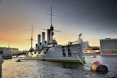 线性极光的巡洋舰 库存照片