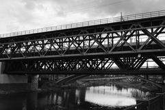 线桥梁  免版税库存图片