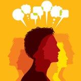 组五颜六色的商人网络和在演讲泡影沟通。 库存例证