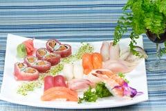 组合爱寿司 库存图片
