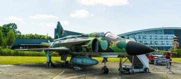 绅宝37 Viggen喷气式歼击机被显示在Aviodrome飞机博物馆 库存图片