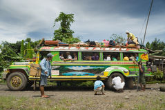 细分菲律宾jeepney山 库存图片