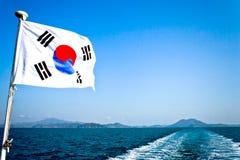 绊倒在济州海岛,南韩的小船 免版税库存图片