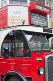 经典伦敦公共汽车 免版税库存照片