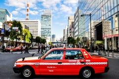 经典出租汽车在银座区域在东京市 图库摄影
