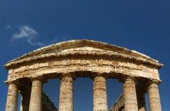 经典多立克体希腊segesta西西里岛寺庙 免版税库存照片