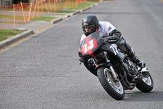 经典摩托车街道赛跑的Yamaha在新的Methven的FZR 1000年 免版税库存照片