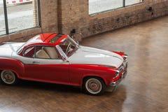 经典汽车Borgward伊莎贝拉实验装置小轿车 免版税库存图片