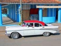 经典美国汽车在古巴 免版税库存照片